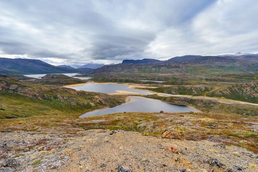 Arctic Circle Trail Lakes