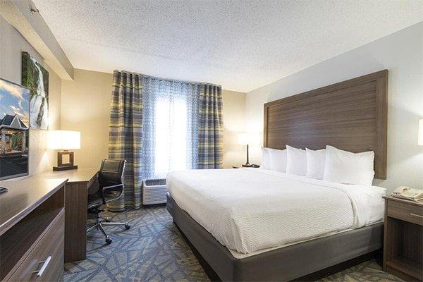 Asheville Mid-Range Hotel