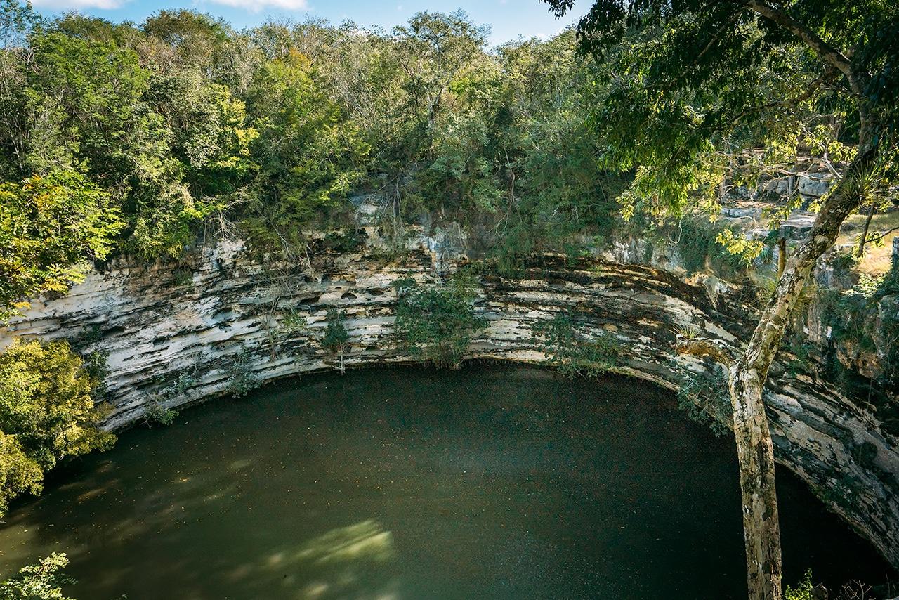 chichen-itza-sacred-cenote ▷ Las ruinas de Chichén Itzá: la maravilla del mundo en México