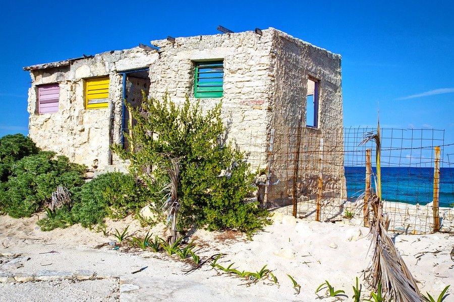 cozumel abandoned building