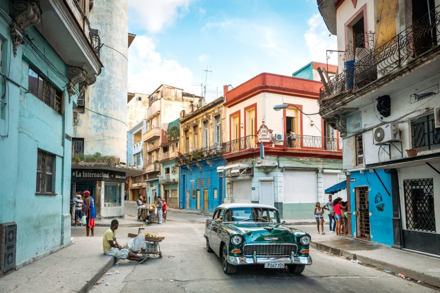 Travel in Cuba: Havana Streets