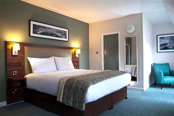 Dublin Mid-Range Hotel