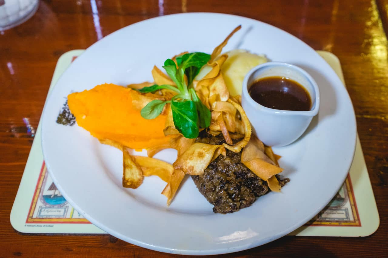 Things To Do In Edinburgh: Haggis