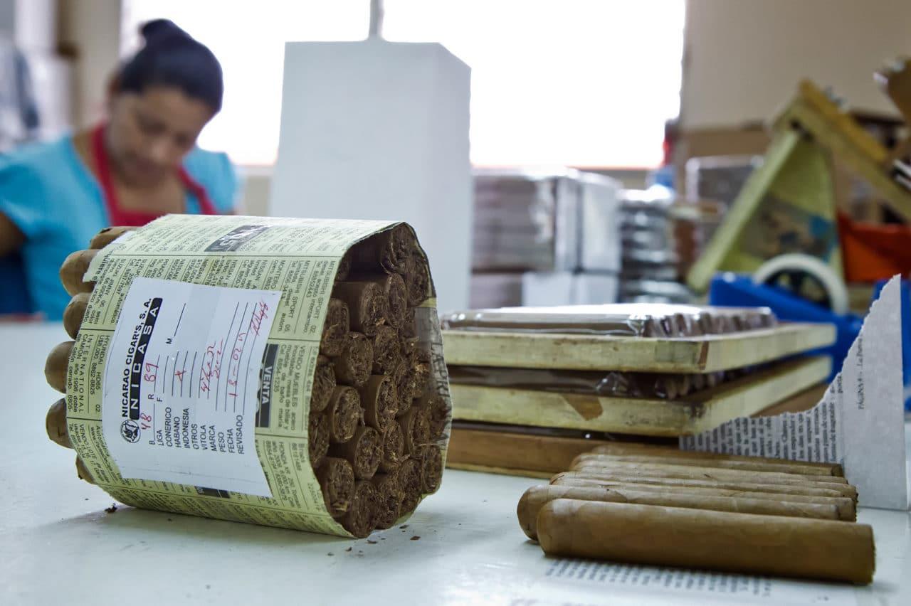 Esteli Nicaragua Cigar Packing