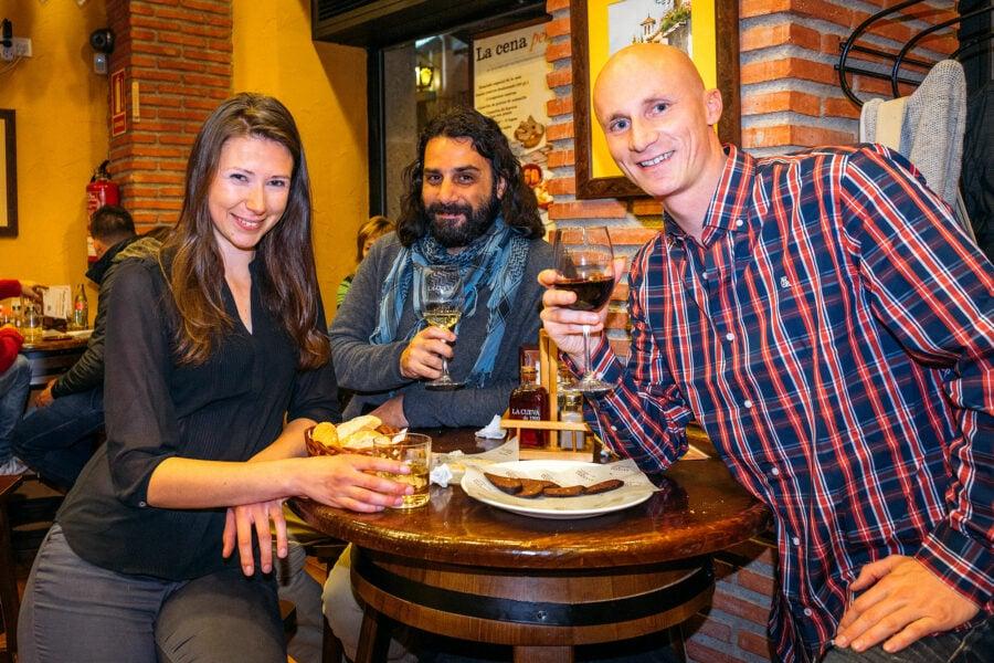 Granada Things To Do: Tapas & Wine