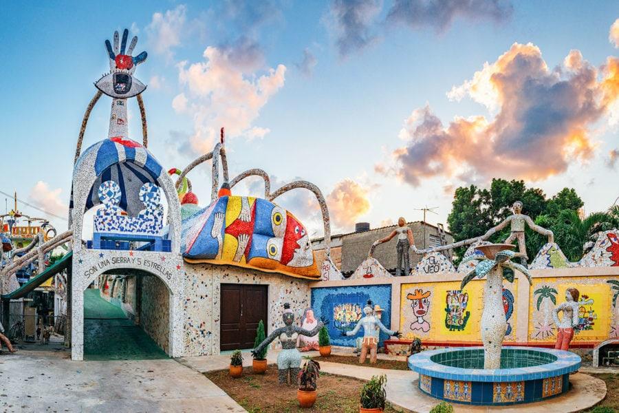 havana-fusterlandia-art-exhibit-900x600 ▷ Lo mejor de La Habana: cosas que hacer en la capital de Cuba