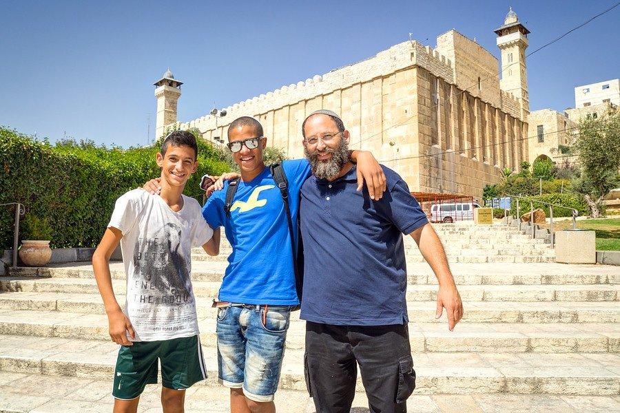 Hebron Israelis