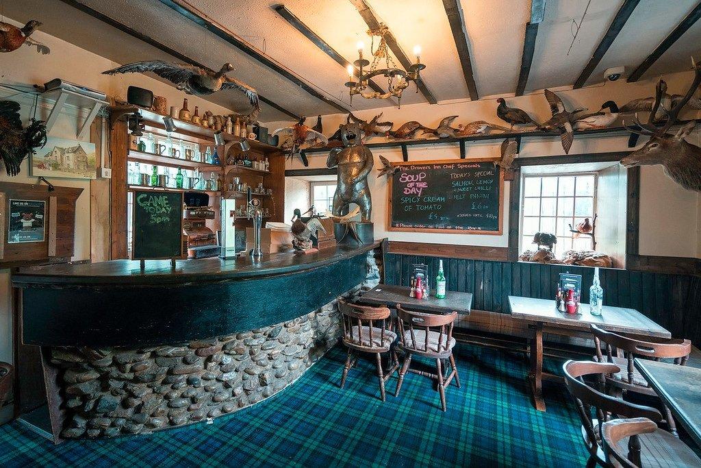 Drover's Inn Scotland