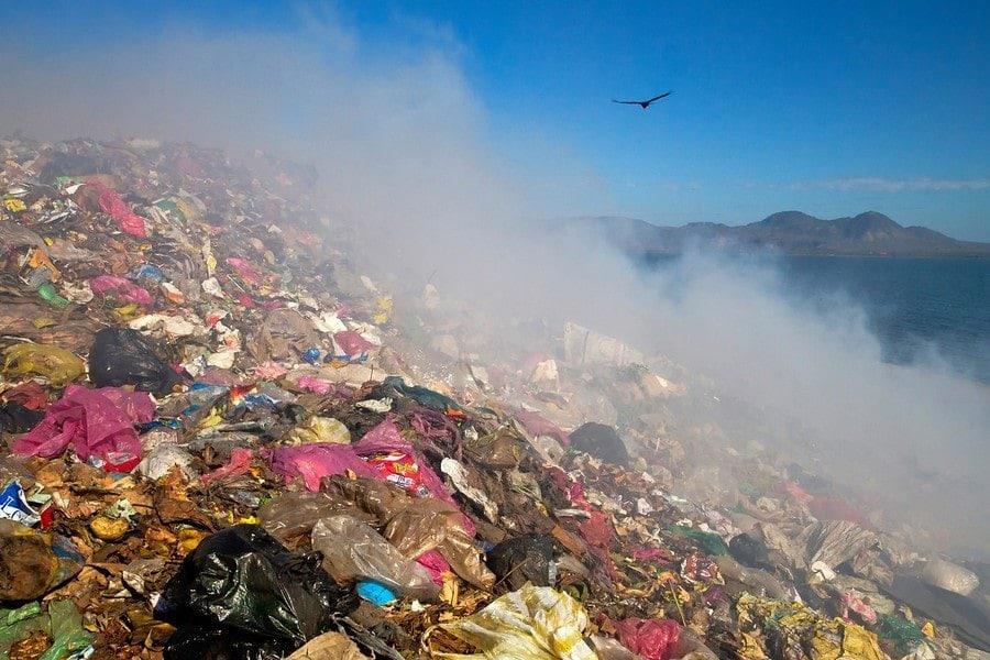 La Chureca Living In Garbage Expert Vagabond