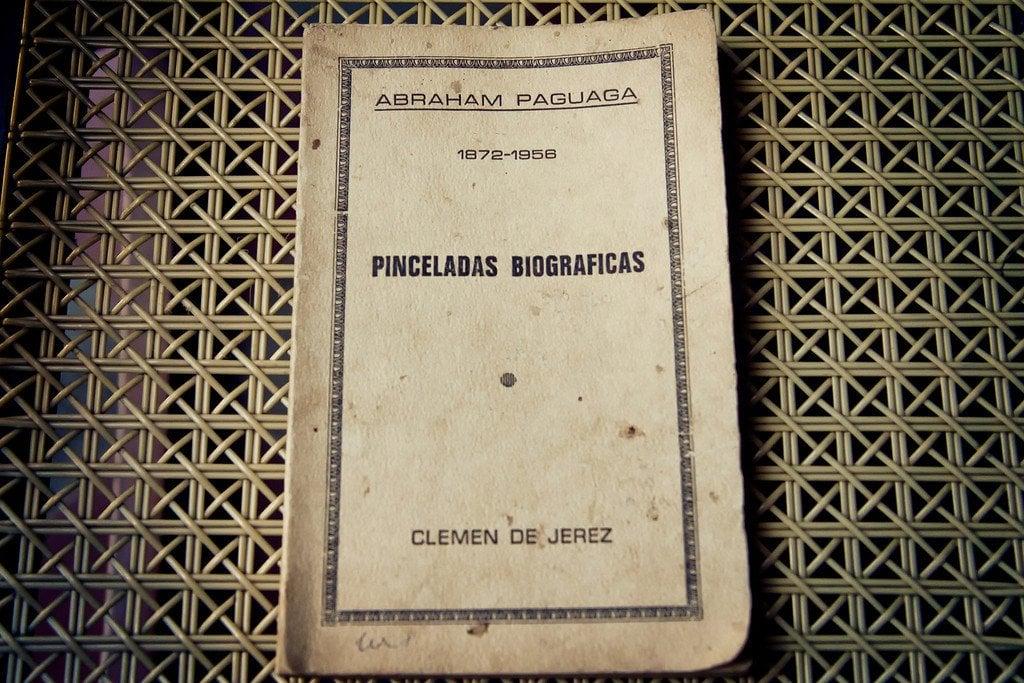 Doctor Abraham Paguaga Book
