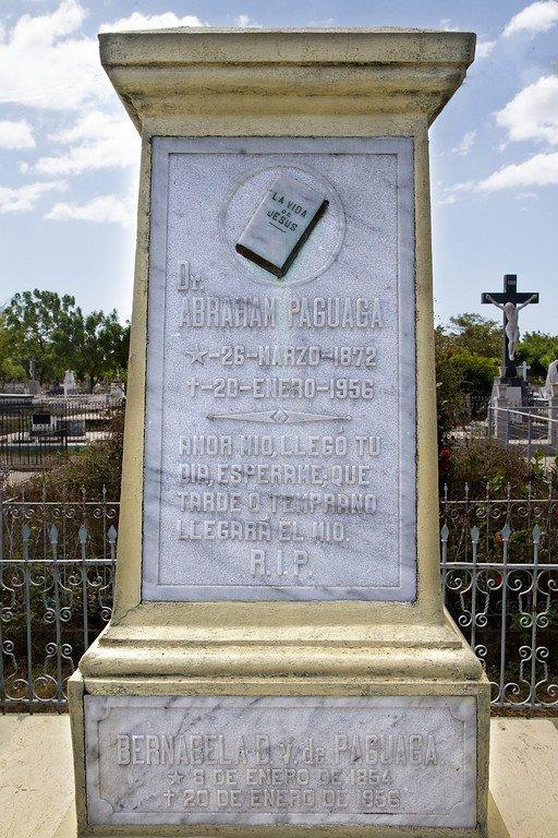 Doctor Paguaga Grave