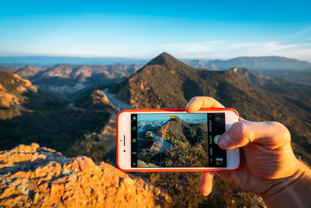 Best Smartphone Travel Cameras