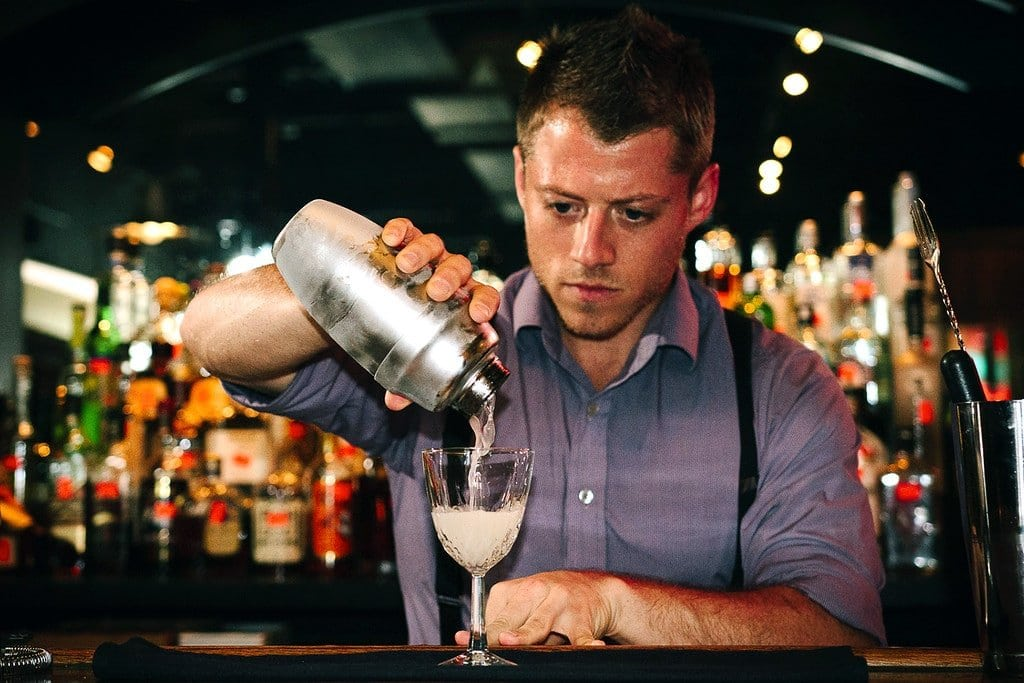 Traveling Bartender Job