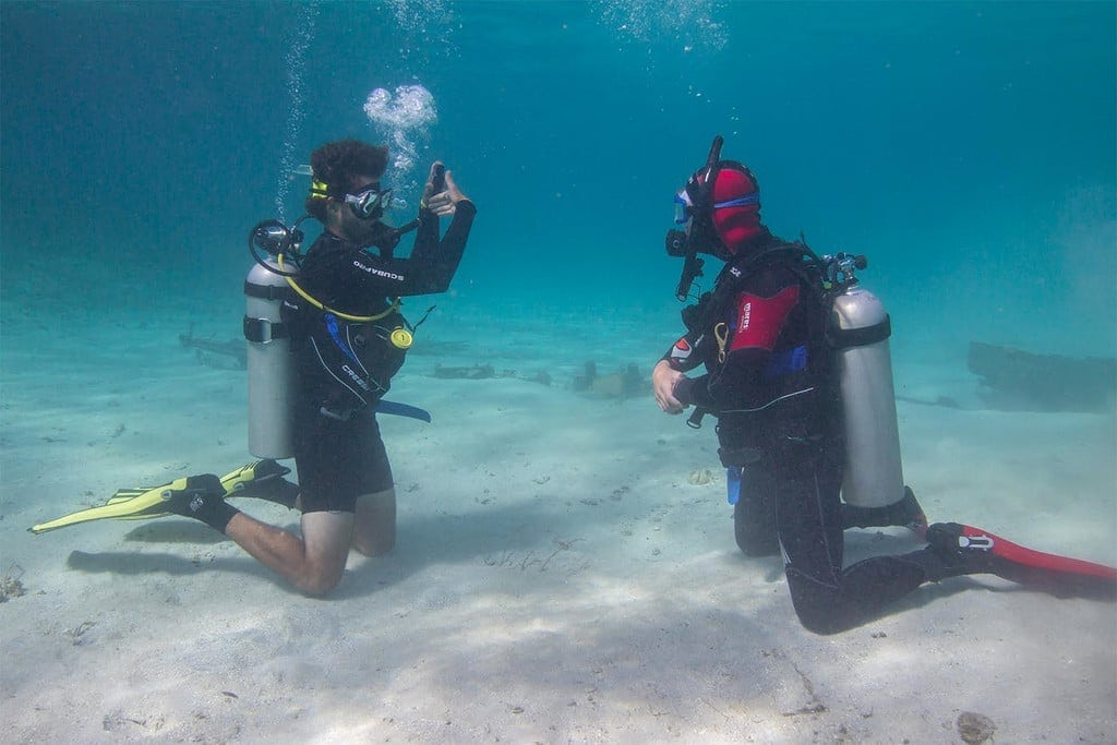 Travel Jobs: Professional Scuba Instructor