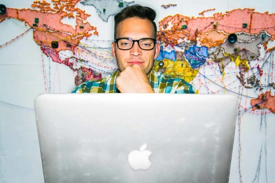 Make Money Traveling with Web Design