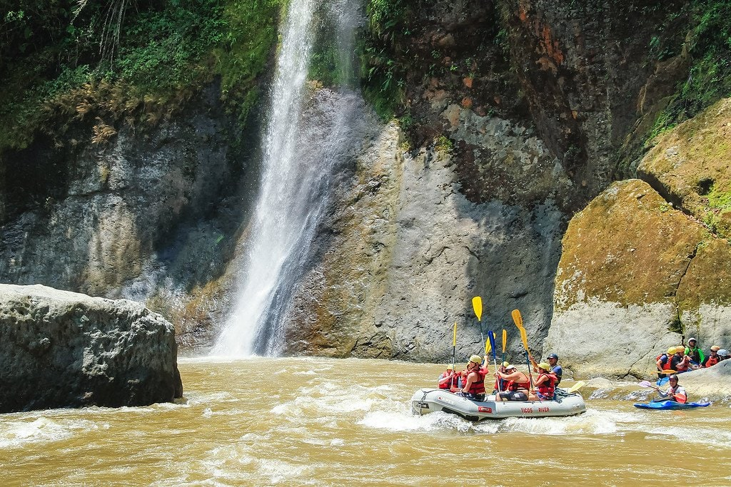Rafting Pacuare Turrialba Costa Rica