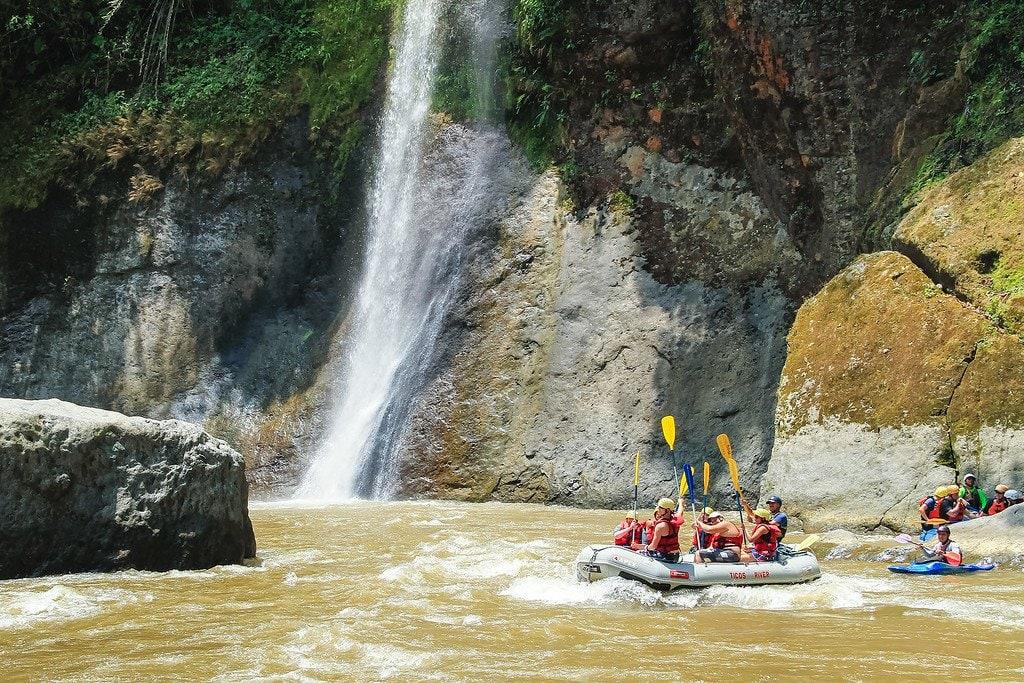 Rafting Pacuare Turrialba Costa Rica