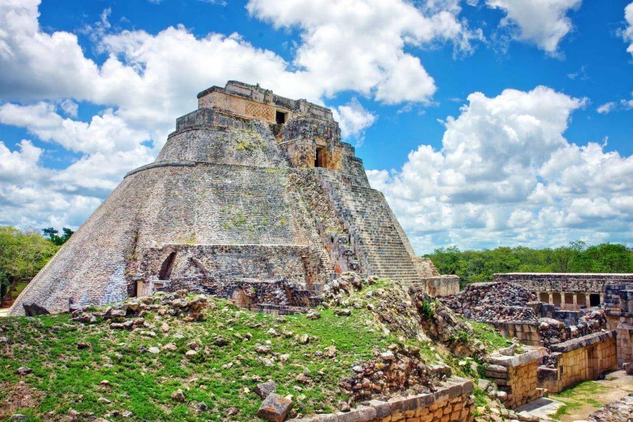 uxmal magician pyramid