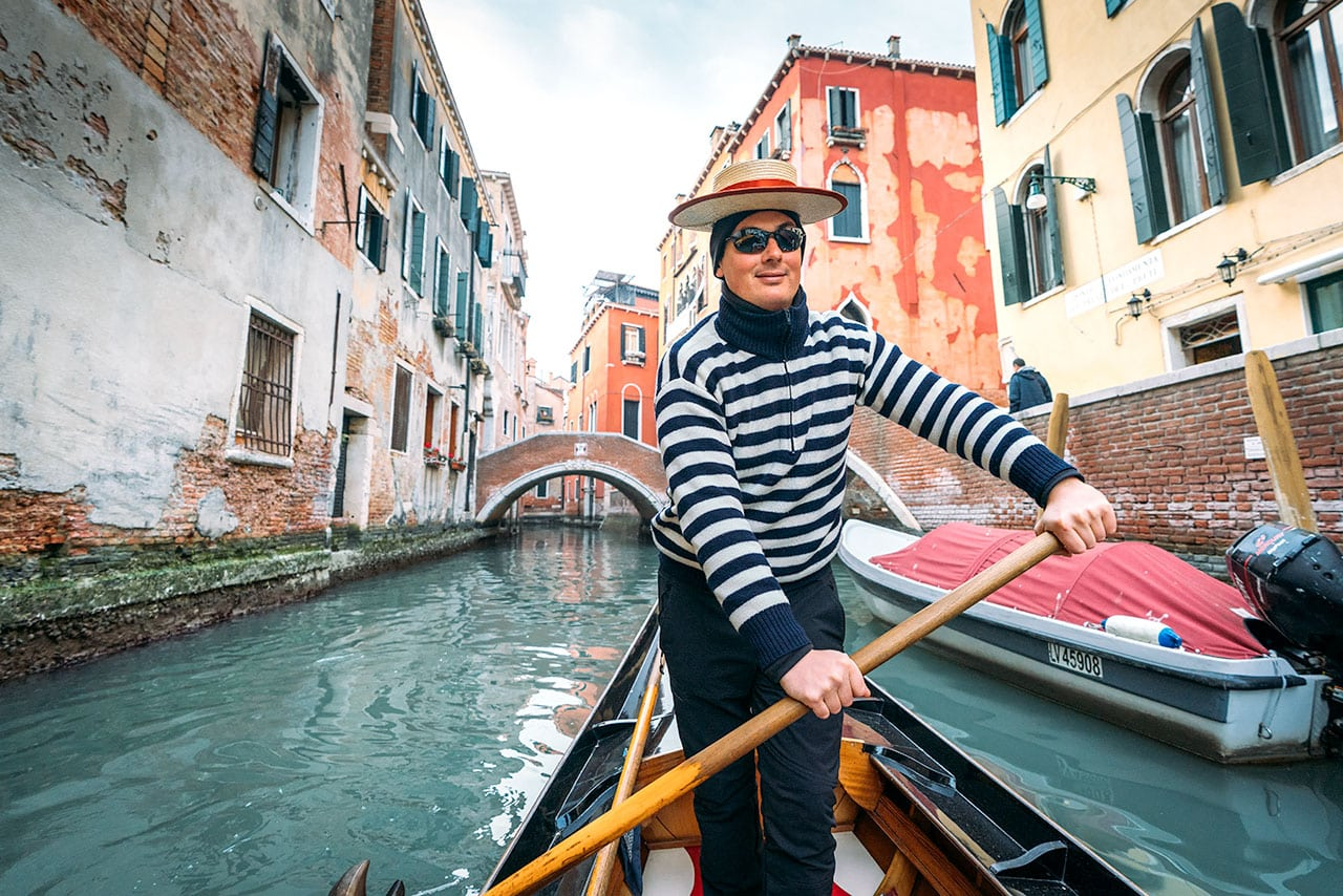 Venice Gondola Rides: How To Rent One (Plus Some History)