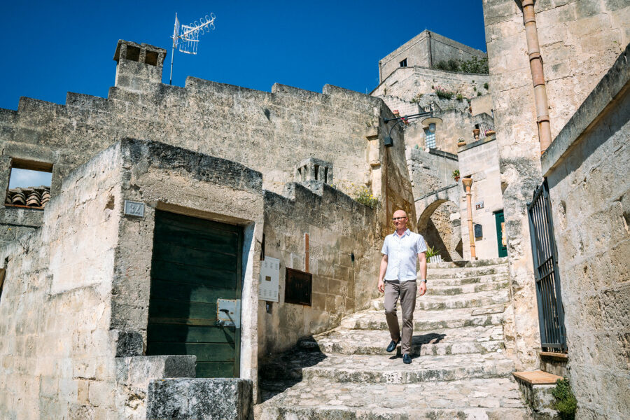 Caminando por las calles de Matera